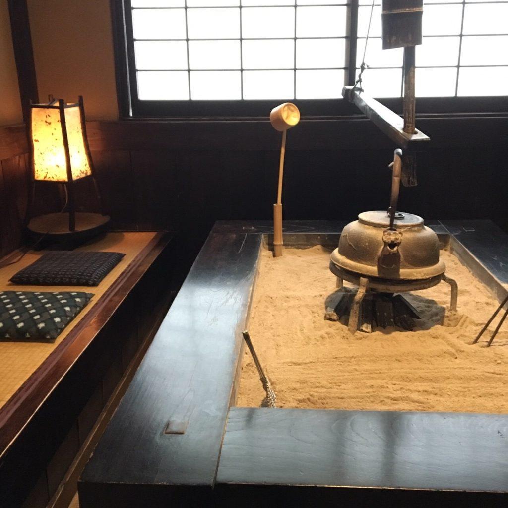 黒川温泉 暖炉 新明館