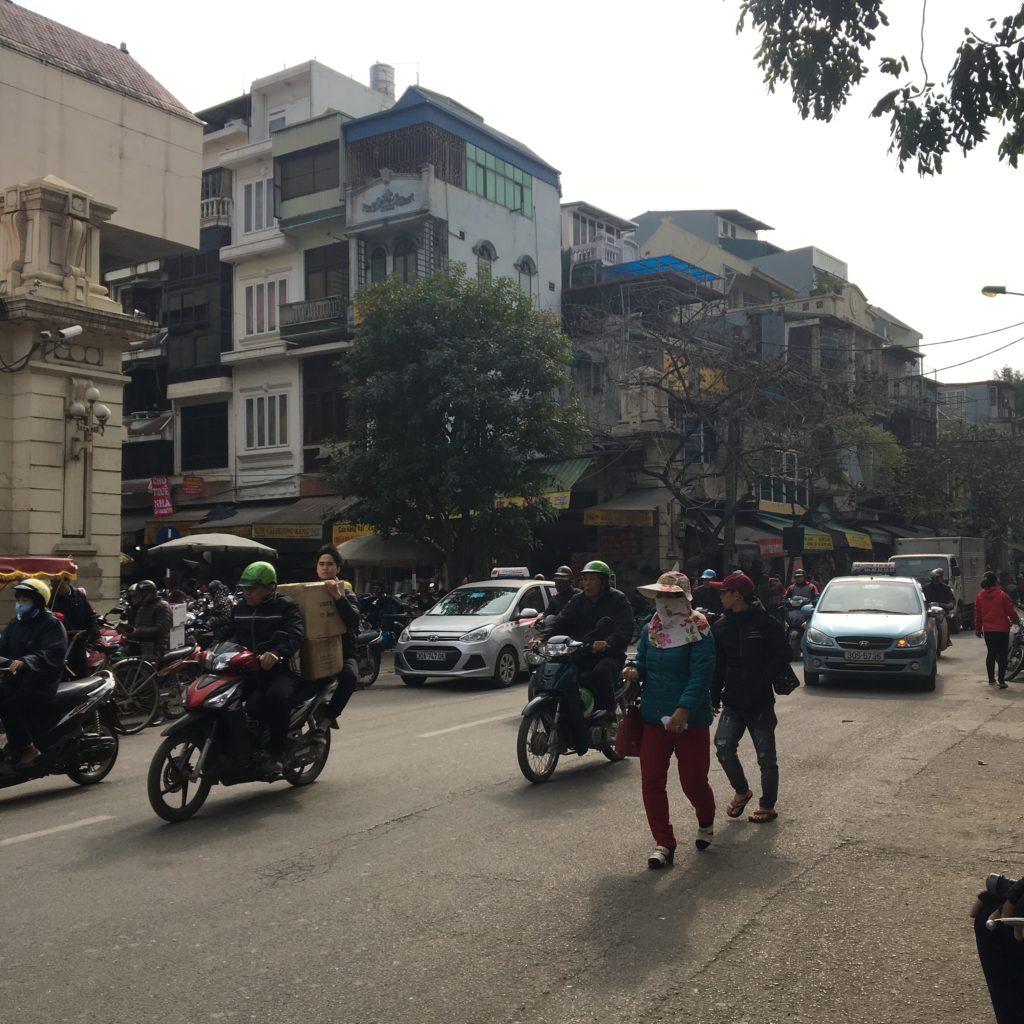 ベトナム ハノイ 旧市街 買い物