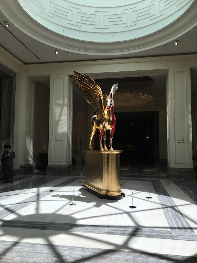 パラダイスホテル 鳥