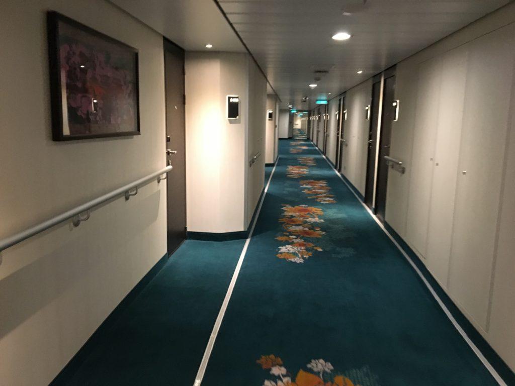 ドリームクルーズ 香港 週末クルーズ 廊下