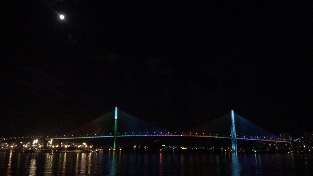 カメリア 船 夜景
