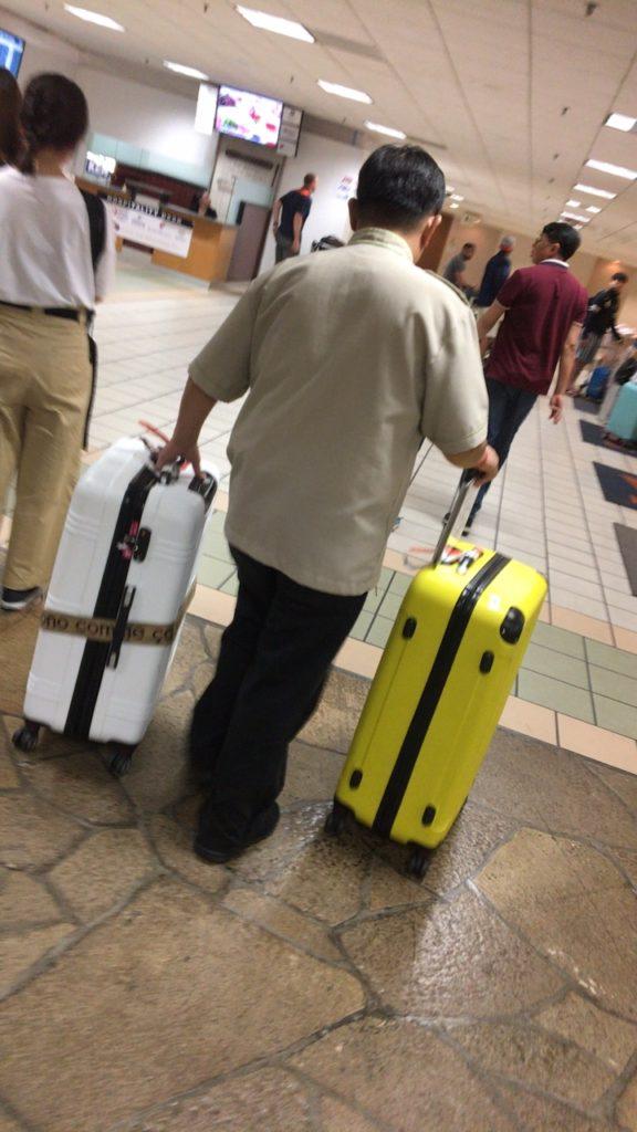 グアム 市内 空港 送迎 チャーター