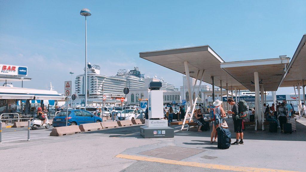 ナポリ ベヴェレッロ 港