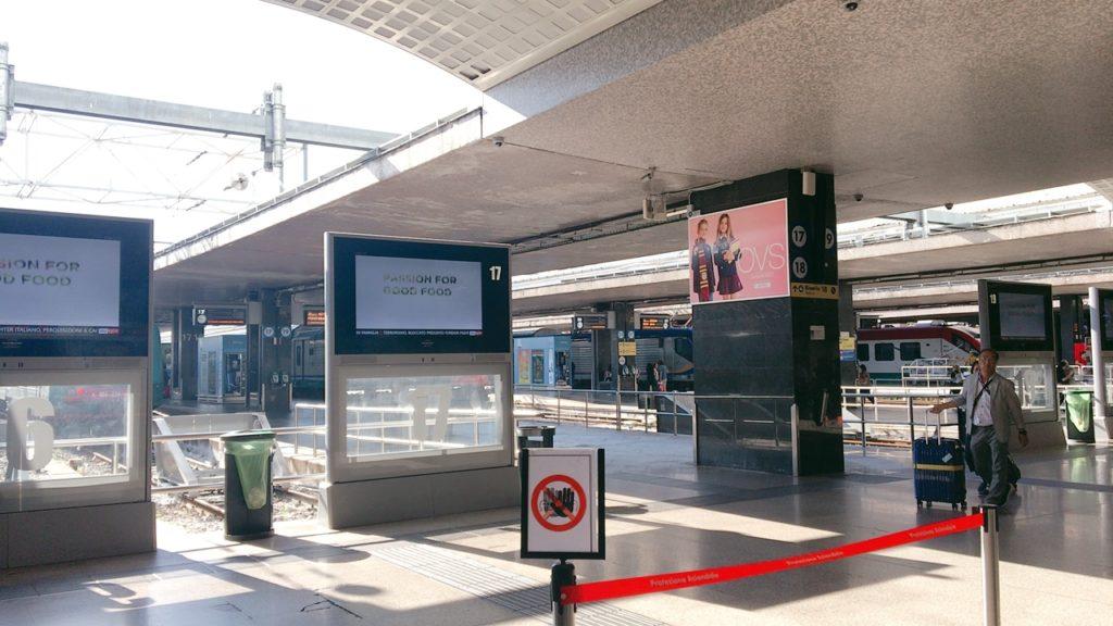 テルミニ駅 ローマ