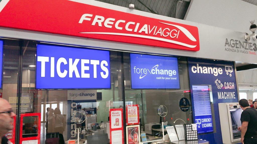フィウミチーノ空港 駅 チケット