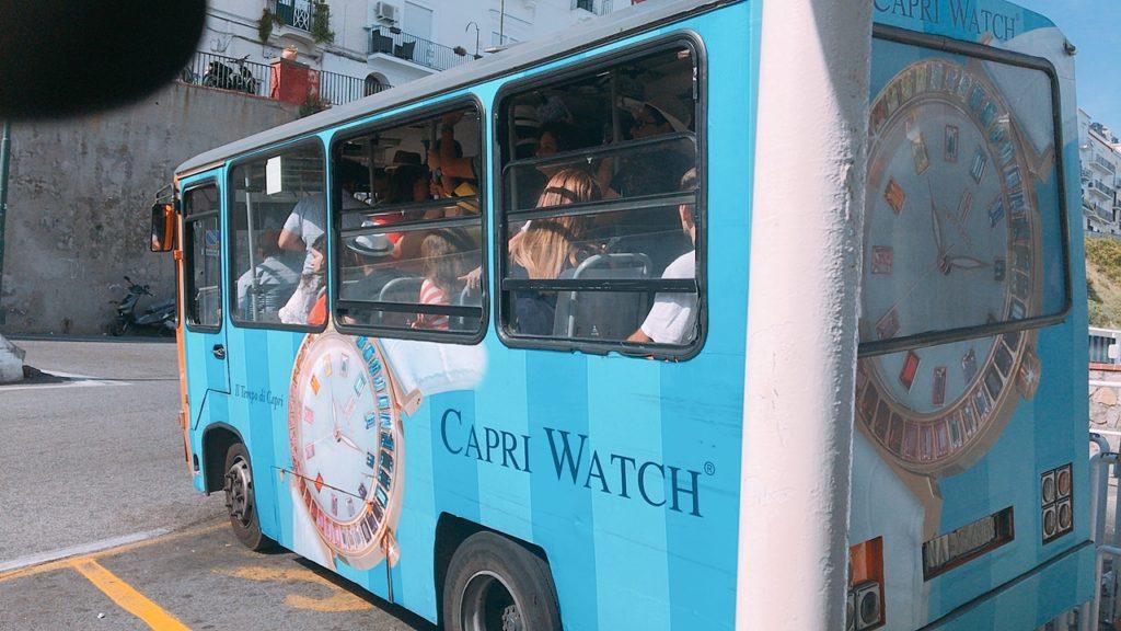 カプリ島 バス