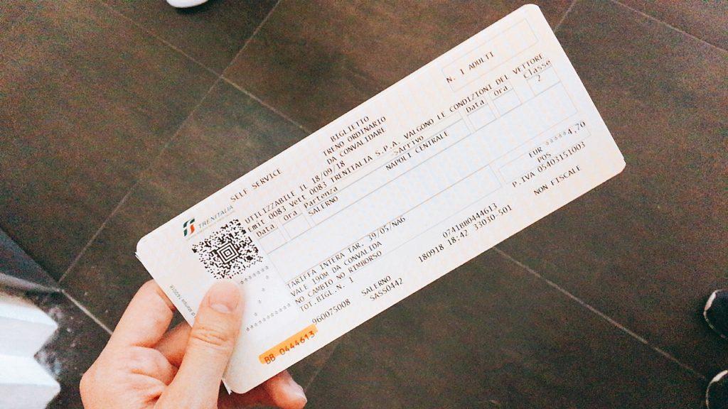 サレルノ ナポリ 電車 チケット 買い方