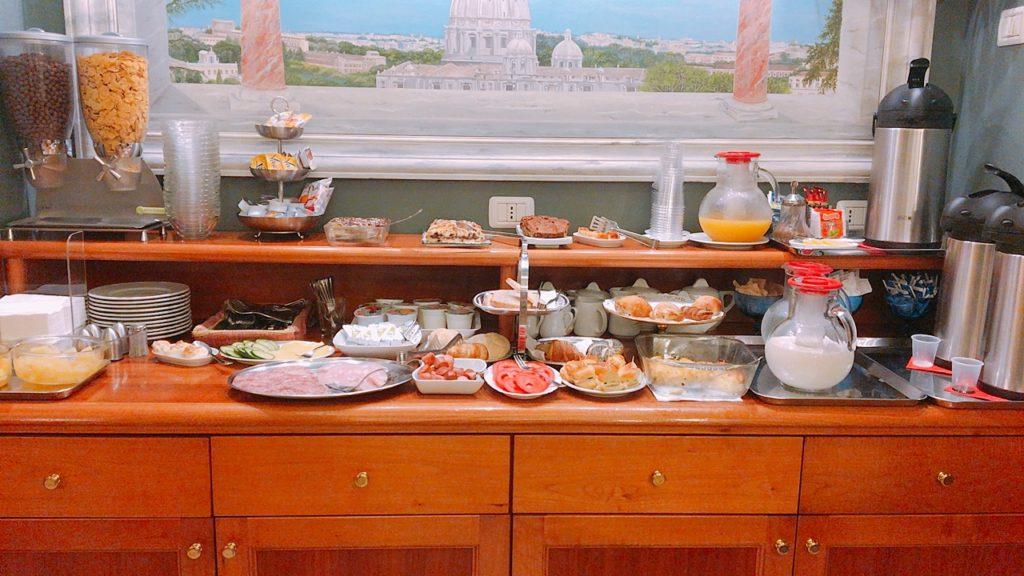 ゴールデンローマ 朝食