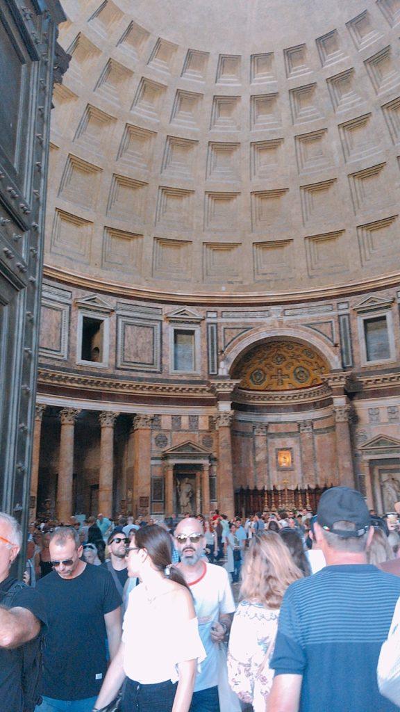 パンテオン神殿 ローマ 観光