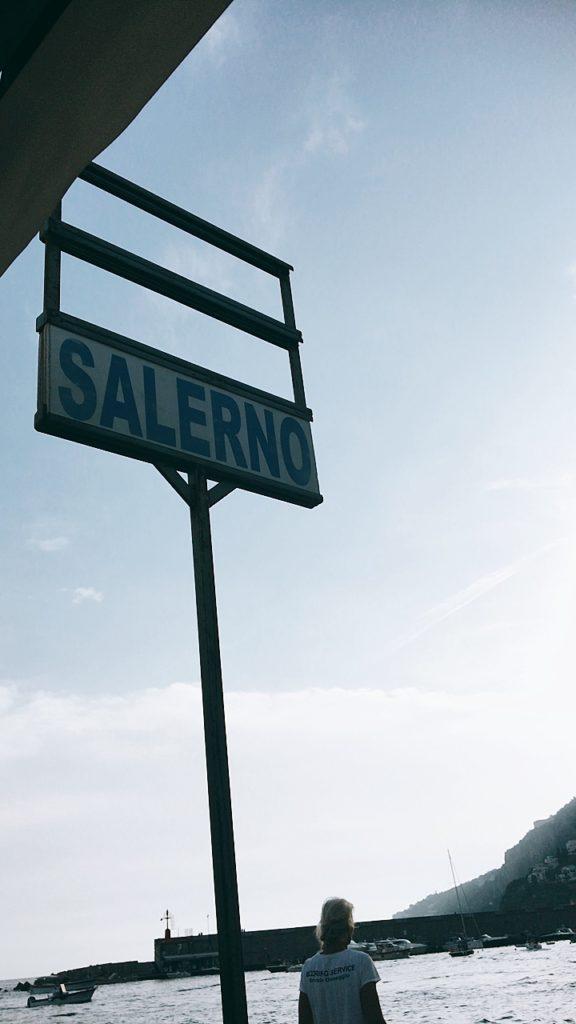 サレルノ 船 アマルフィ