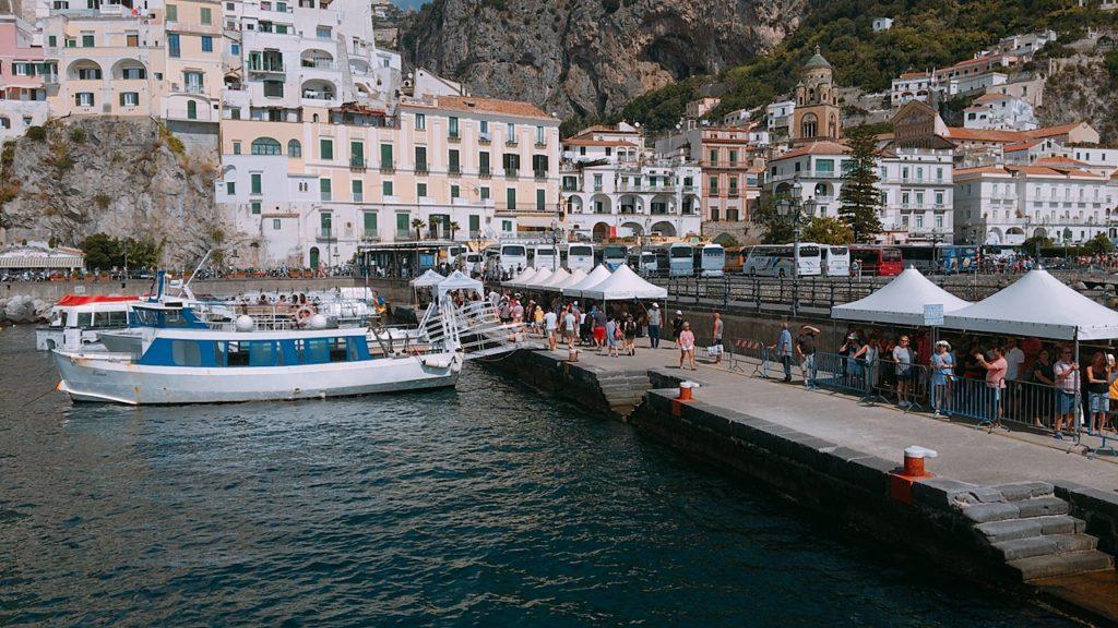サレルノ ポジターノ アマルフィ フェリー 船