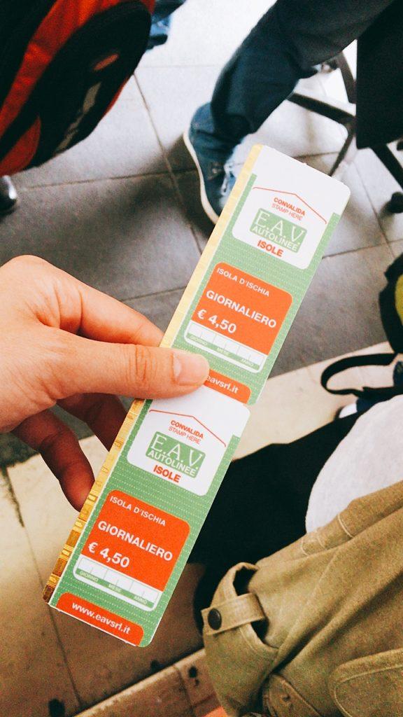 イスキア バス チケット 販売