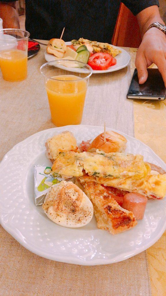 ホテル 朝食 ローマ