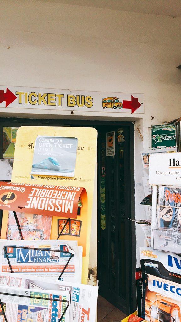 イスキア島 バスチケット 売店