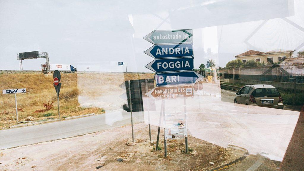 ナポリ バス イタリア