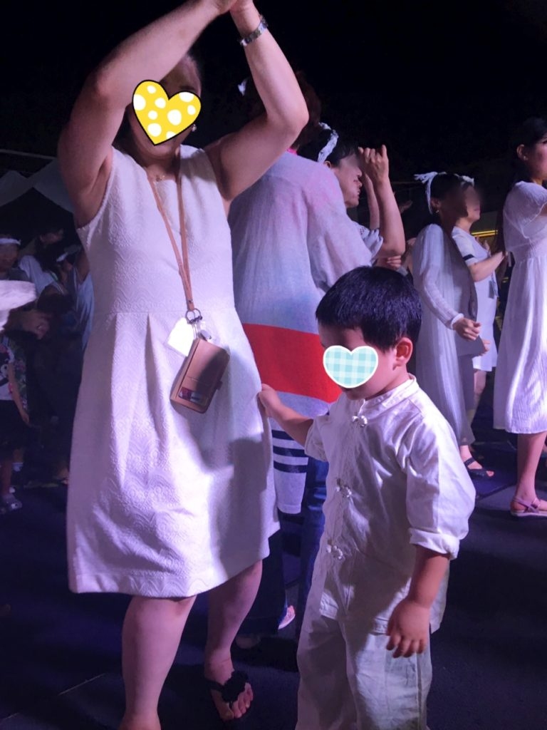 コスタクルーズ 夜 ホワイトナイト ダンス カーニバル 服装