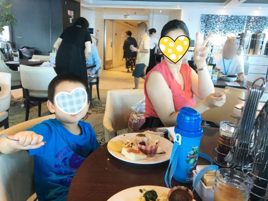 コスタクルーズ レストラン 朝食 家族旅行 ご飯 無料