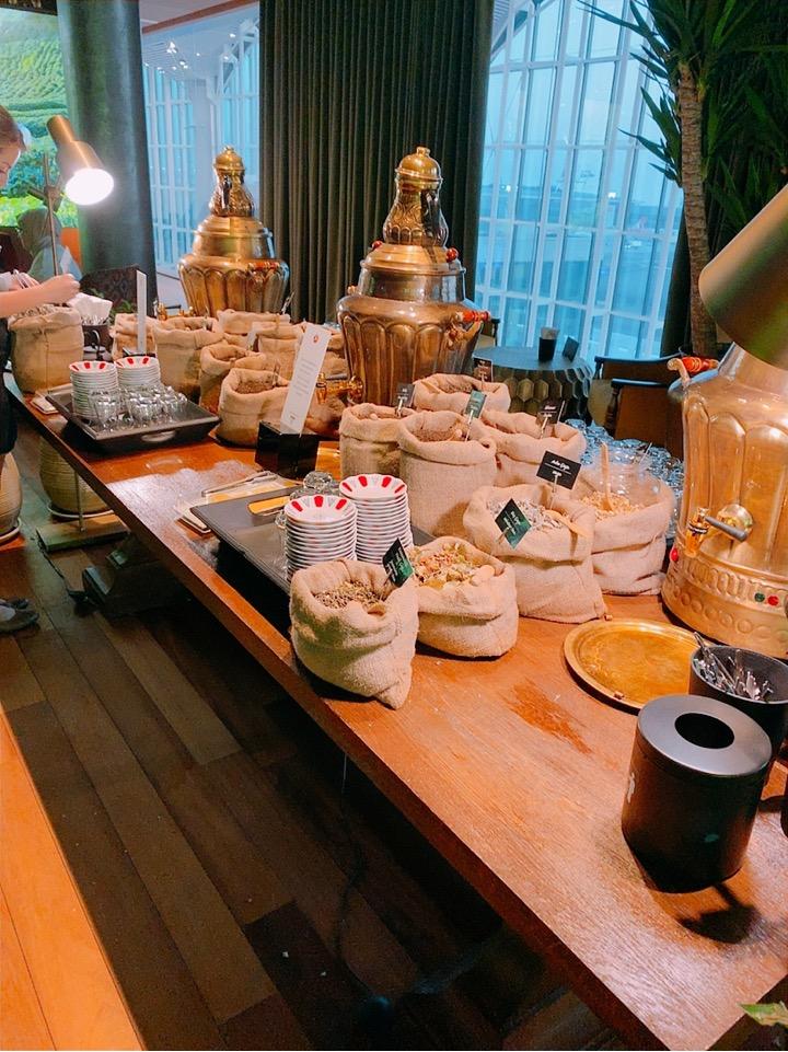 イスタンブール新空港 ラウンジ お茶 ティー