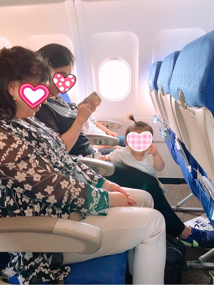 エアプサン 機内 座席 広さ 狭い 広い AIR BUSAN