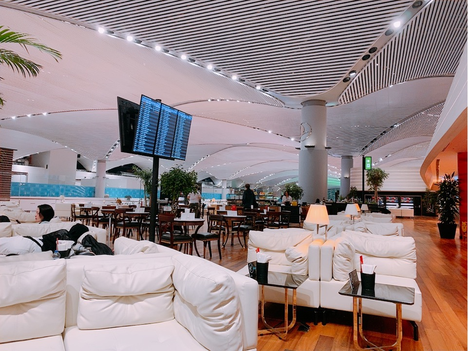 イスタンブール国際空港 ラウンジ 上級会員 スターアライアンスゴールドスターアライアンス ゴールド
