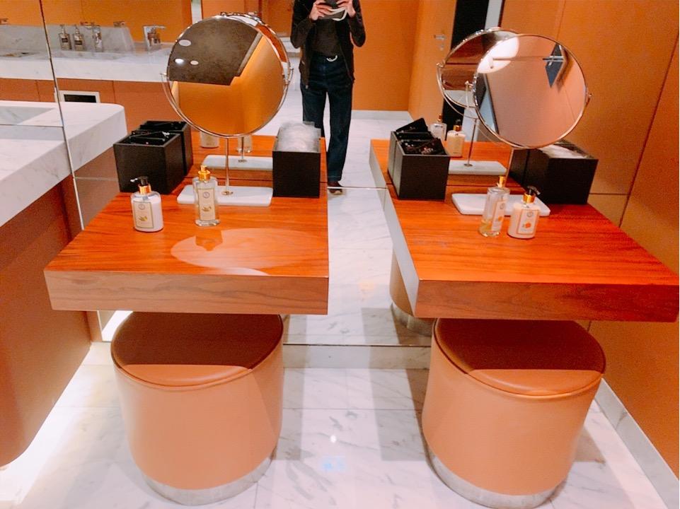 イスタンブール新空港 ラウンジ トイレ 化粧室 レストルーム