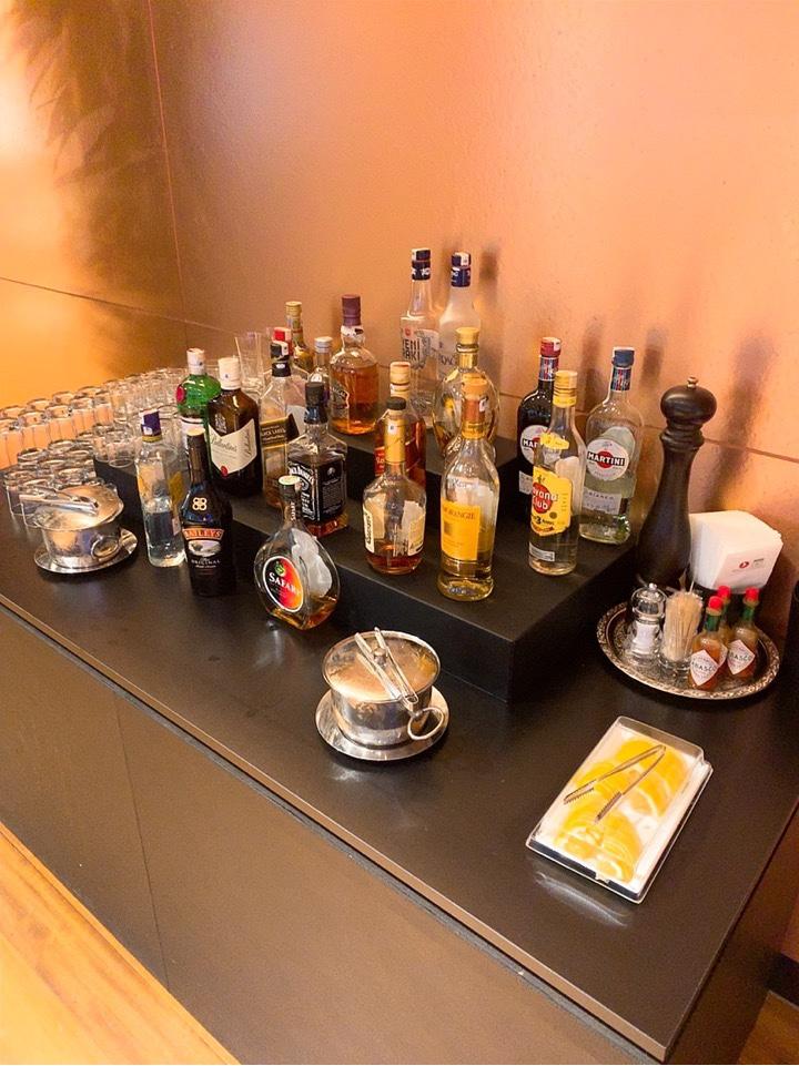 イスタンブール空港 ラウンジ アルコール お酒 ウイスキー ウォッカ