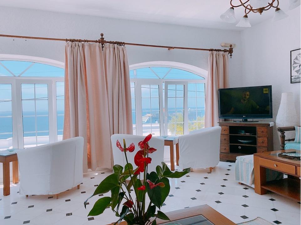 ミコノス島 ホテル おすすめ フロント 景気