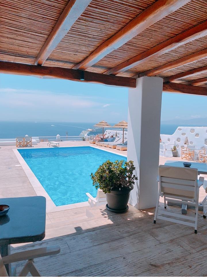 ミコノス島 ホテル おすすめ プール 絶景