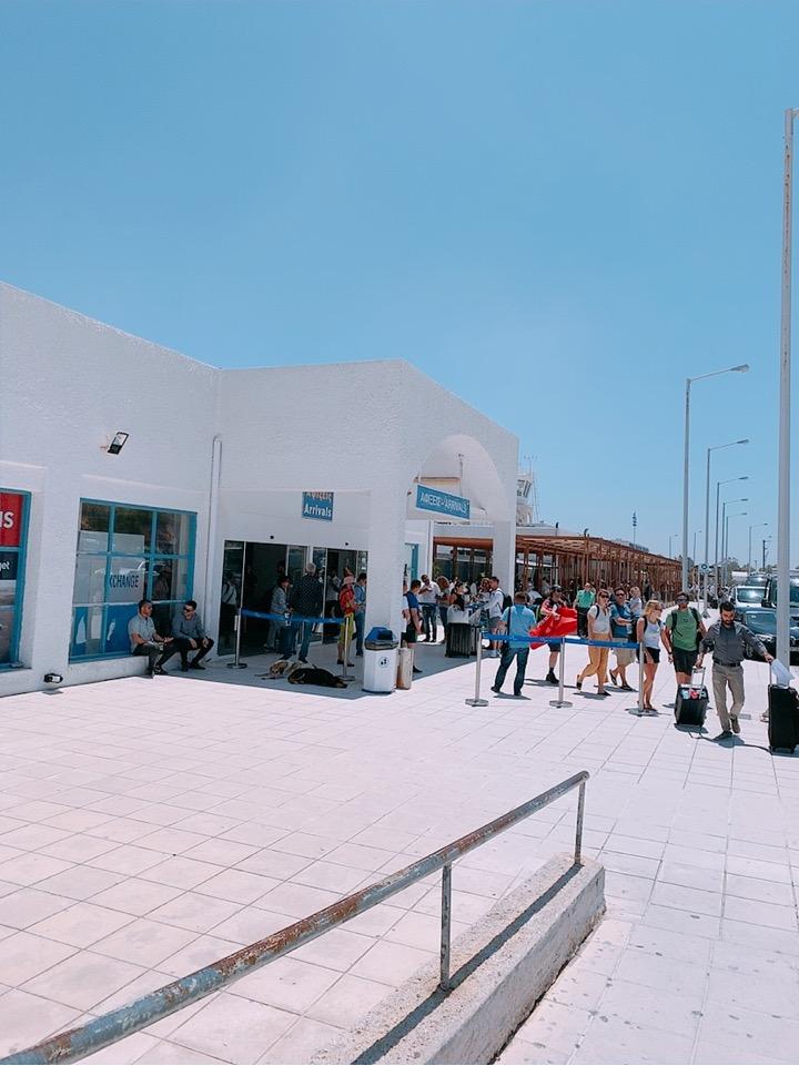 サントリーニ空港 イア 送迎 ホテル