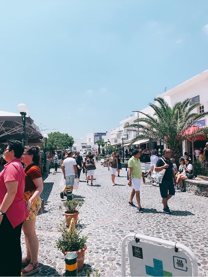 テオトコプールー広場 25is Martiou 303 ギリシャ 観光