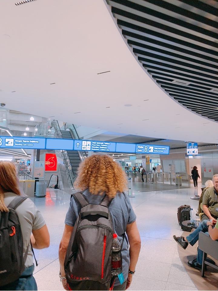 アテネ 空港 国際空港 国内線 乗り継ぎ サントリーニ島 サントリーニ