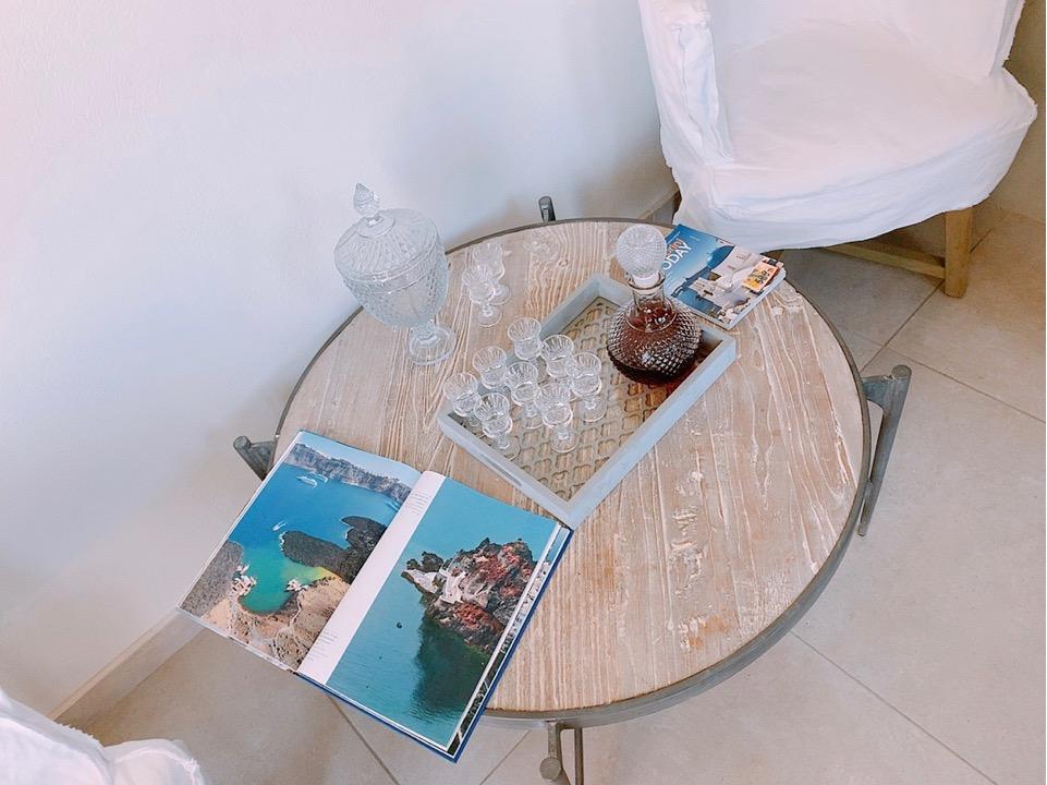 サントリーニ島 イア oia ホテル ウェルカム ワイン