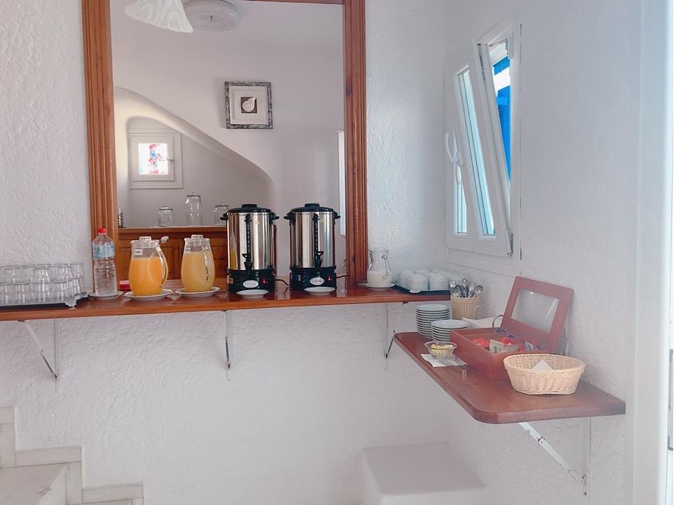 ミコノス島 ホテル 朝食 飲み物