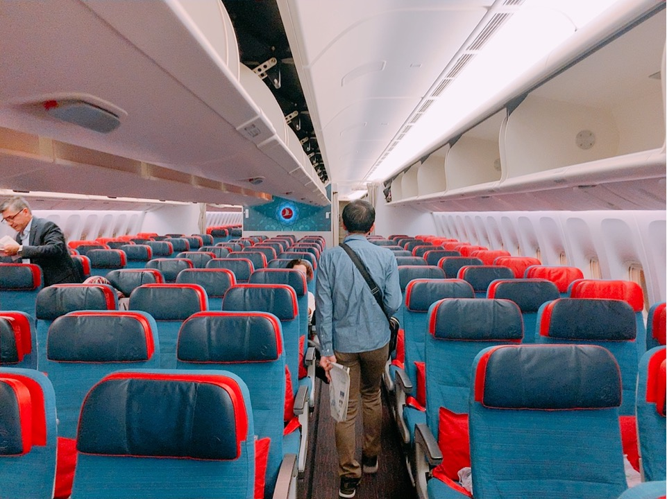 トルコ航空 ターキッシュエアライン 機内 成田 イスタンブール