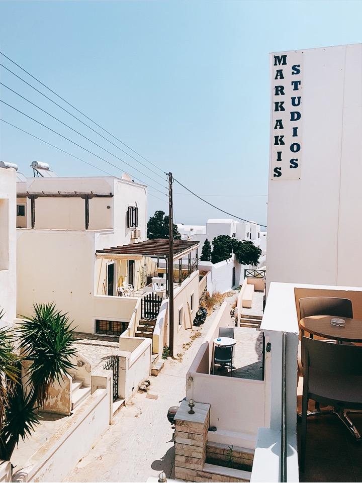 お勧め ホテル フィラ サントリーニ島