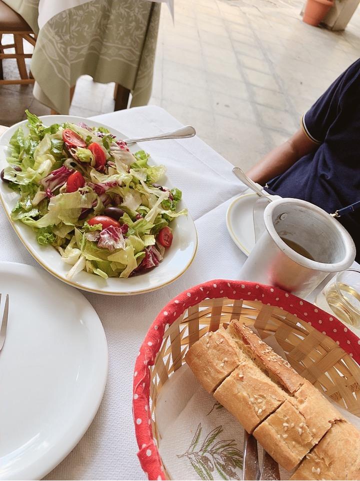 アテネ ランチ ワイン 食事 ランチ レストラン