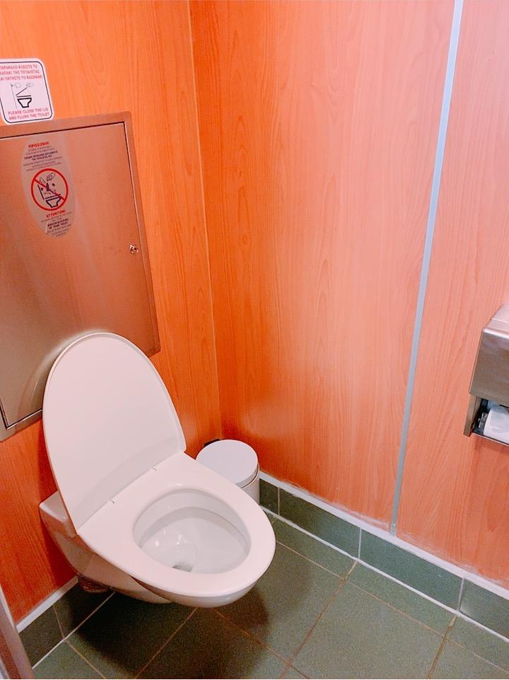 ブルースターフェリーズ bluestarferries きれい トイレ