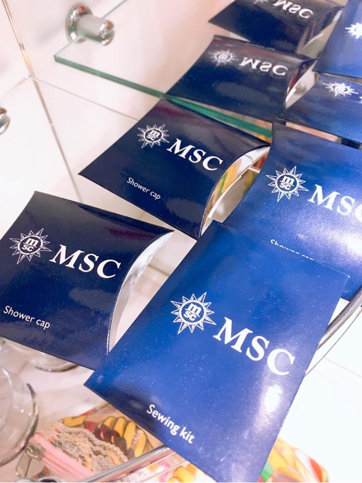 MSC MSCsplendida 船内 窓部屋 4人部屋 二段ベッド インサイド 内側 窓なし バスルーム アメニティ