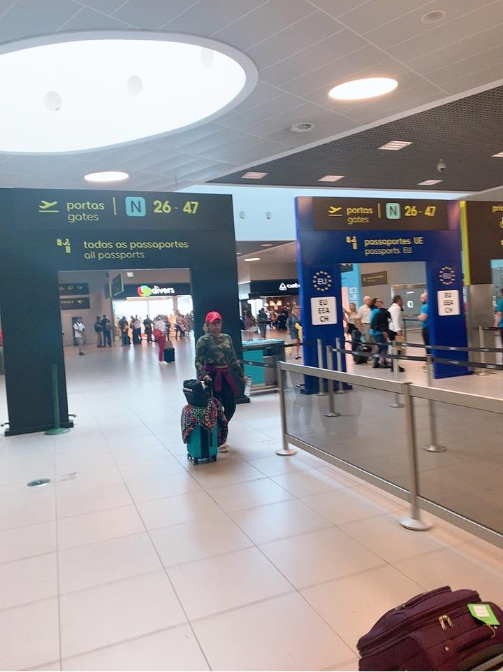 TAP ポルトガル航空 フェズ モロッコ リスボン 空港 トランジット