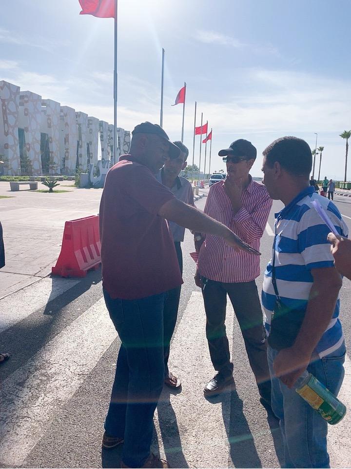 モロッコ フェズ 空港 タクシー 交渉