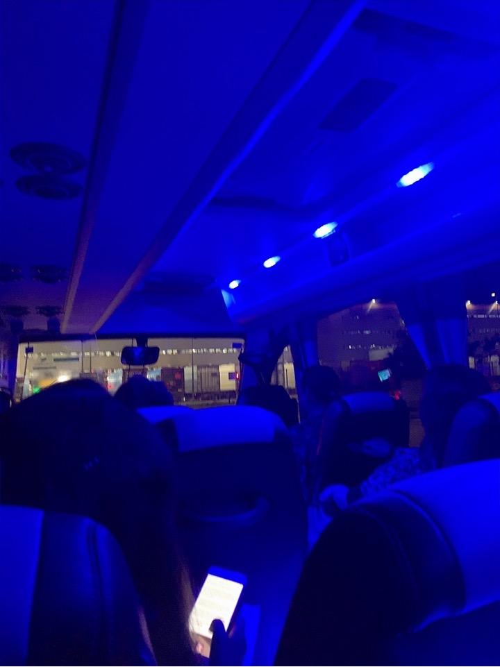 スペイン バルセロナ 空港 周辺 シャトルバス 送迎バス BAH バスセロナエアポートホテル トランジット 宿泊