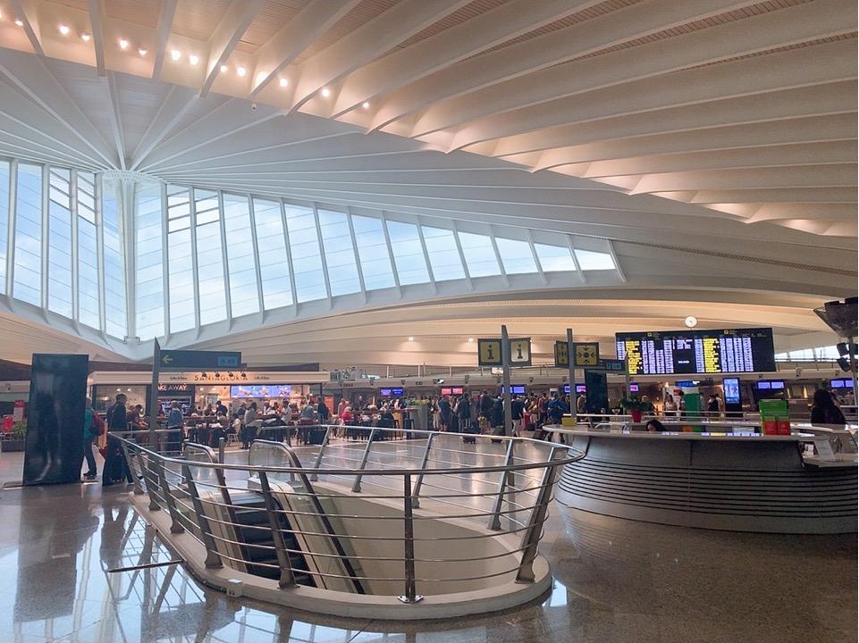 サンセバスティアン ビルバオ空港