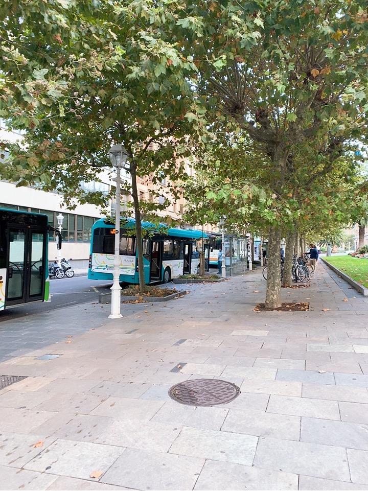 サンセバスティアン 空港 市街 giquzkoa plaza 10 バス停