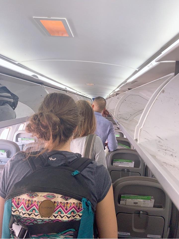 TAP ポルトガル航空 フェズ モロッコ 機内 ポルトガル経由 リスボン