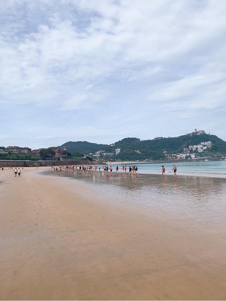 サンセバスティアン 観光 スペイン 海沿い 海岸 la concha