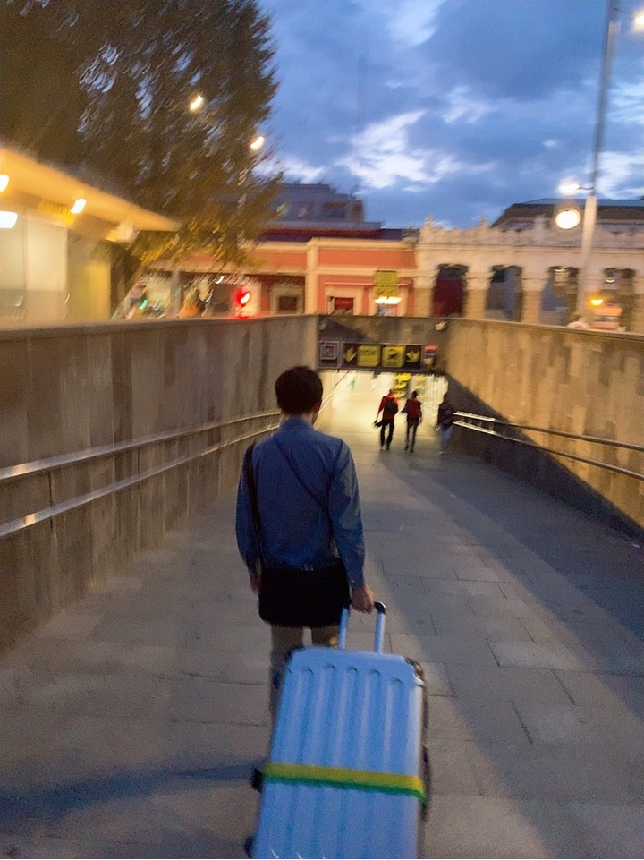 サンセバスチャン ビルバオ 空港 バス ドノスティア駅