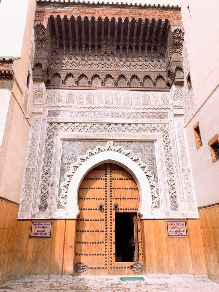 モロッコ フェズ 旧市街 観光 案内 ぼったくり 現地