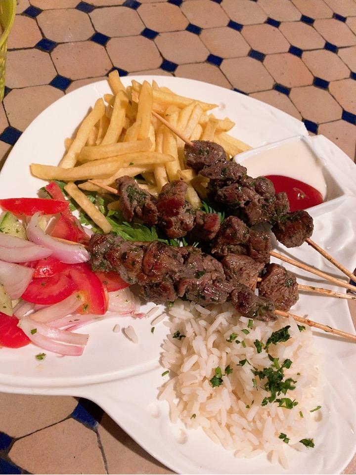 フェズ 旧市街 レストラン 食事 レストラン ケバブ モロッコ料理