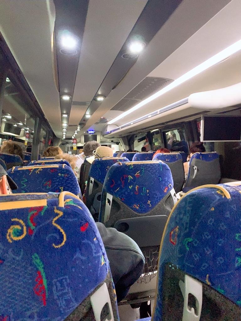 セビリア コルドバ バス ALSA 車内 plaza de armas