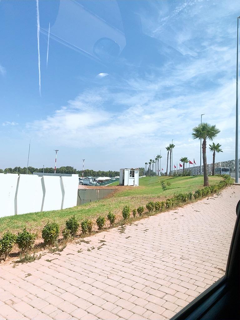 モロッコ フェズ ホテル 空港 移動 タクシー 金額 代金